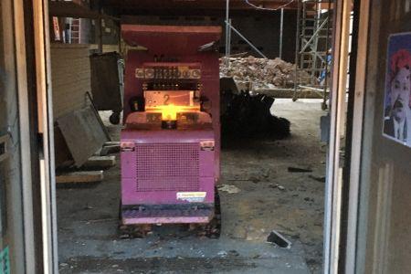Micro Machine Hire Concret Crusher.JPG